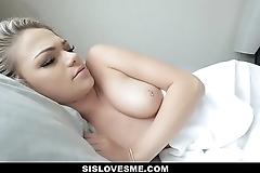 Cute Horny Stepsis Grinds Stepbros Cock