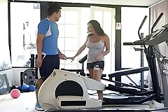 Fucking her Mouth at the Gym