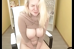 Blonde slut getting nude with nice big tits