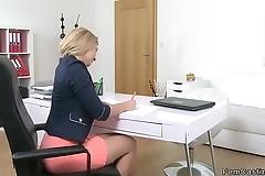 Female agent finger fucked in office
