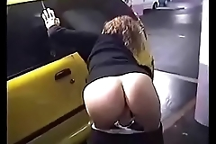 Teen Slut Strips and Bates at a Public Parking