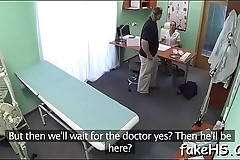 Sexy doctor reaches one breathtaking agonorgasmos after another