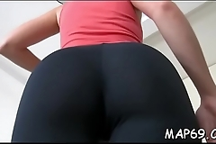 Honey manages to easily mix cock-sucking with ball-licking