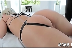 Watch how lovely cunt with large buttocks makes u cum