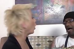Cougar Isabella Rossa Fucks BBC