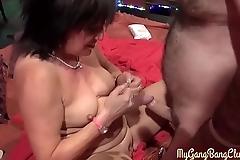 Big chopper makes mature lady gasp