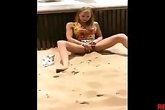 Se masturbando na praia,Instagram ahcarol22