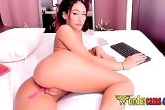Pink Hair Asian shows off perfect Body