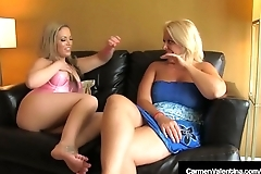 Hot Blondes Carmen Valentina &amp_ Carey Riley Lick &amp_ Rub Twats!