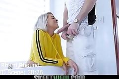 Teen PAWG Rharri Rhound gets her big booty cummed on